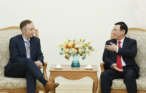Deputy PM Hue receives Nike Vice Chairman