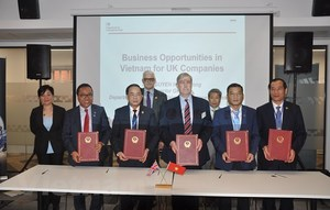 Viet Nam promotes business, investment in UK