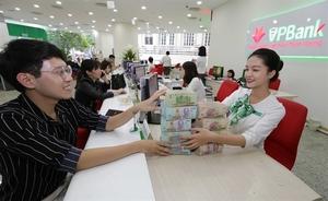 Vietnamese banks to seek capital in global markets