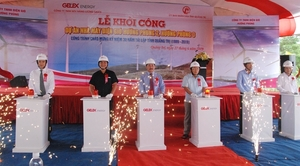 Work begins on two wind power plants in Quang Tri