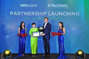 Tech Data and Vmware expand partnership
