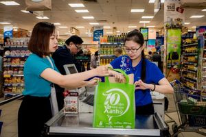 "Saigon Co.op organises ""No Plastic BagDay"""