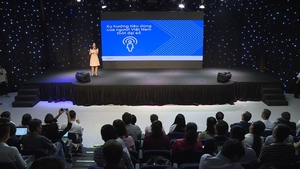 Vietnamese firms urged to transform in digital age