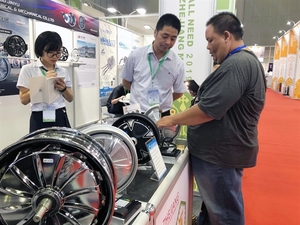 HCM City hosts medical expo, Zhejiang export fair