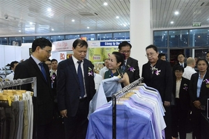 Fair on trade and tourism under-way in Da Nang