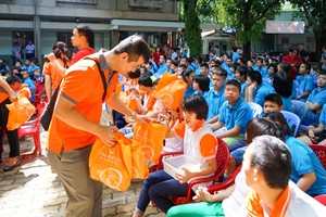 Hanwha Life helps disadvantaged children celebrate Mid-Autumn Festival