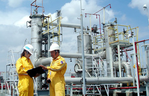 Oil and gas lift the VN-Index