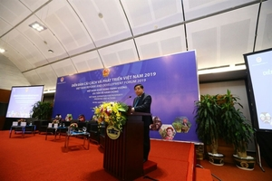 Vietnam Reform and Development Forum opens