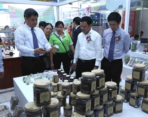 AgroViet 2019 opens in Ha Noi