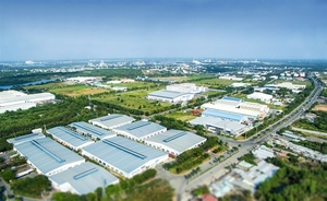 Many foreign companies move factories to Viet Nam: Savills