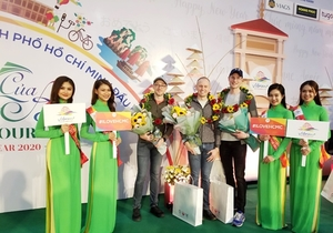 First int'l visitors of 2020 arrive in HCM City