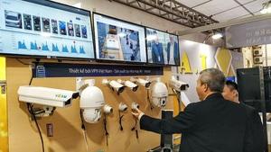 Prime Minister requests 12 solutions to promote digital enterprises