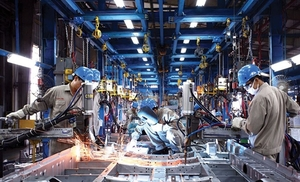 Manufacturing, processing industry drives economic growth