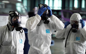 Shares fall on continued concern over coronavirus
