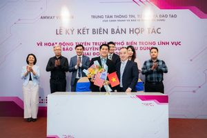 Amway Viet Nam and VCCA co-operatein protecting interests of consumers