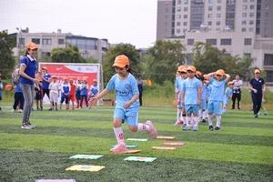 Ha Noi students take part in Nike sports programme