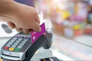 First Vietnamese bank allows transactions in South Korea for local card holders