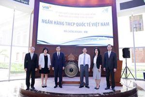 VIB lists nearly onebillion shares on HoSE