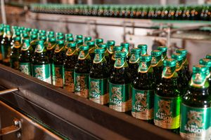 Largest brewer sees revenue down, profit up in Q3