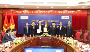 Viettel Solutions and VIASM co-operate to promote digital transformation