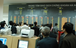 Foreign investors net-sell local stocks but remain optimistic in VN's market