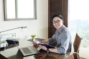 Vietnamese professor wins prestigious US research fellowship