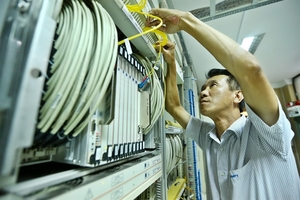 Repairs to submarine internet cables delayed