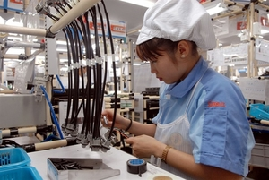 VN posts trade deficit of $176 million in two months