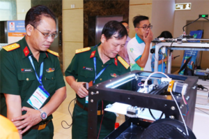 HCM City develops 3D-printed robot to disinfect rooms during pandemic