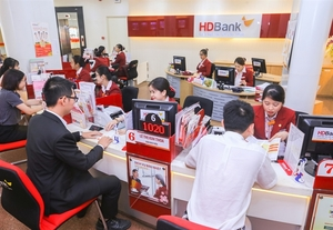 HDBank executives register to buy large chunks of lender's shares as pandemic drags down prices