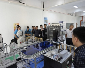 MDIS Partners with University of Plymouth, UK, to offer New Industry 4.0 Degree in Robotics Technology