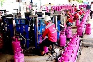 VN-Index gains for sixth straight session