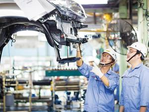 Industry and trade sector will promote support industry development