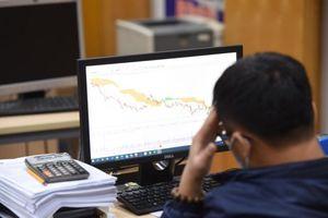 Markets descend amid good news shortage