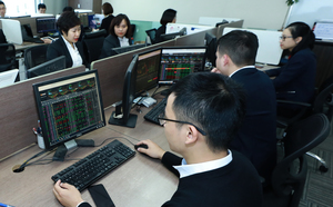Investors' optimism boosts local stocks