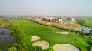 Deputy PM approves investment policies of three golf courses