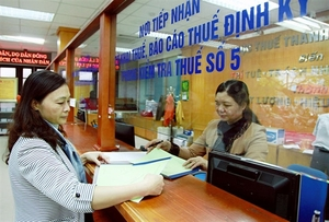 Tax relief stimulus approach forecast to widen VN's fiscal deficit