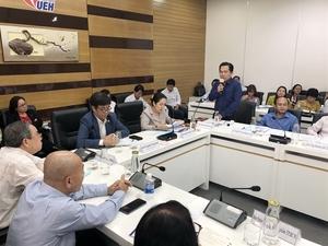 Seminar calls for farm co-operation down south
