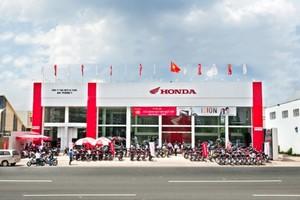 Motorcycle sales plummet