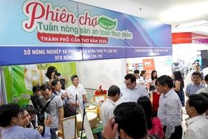 Safe farm produce fair in Can Tho showcases regional specialities