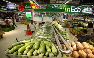 Pork and oil prices key to keeping inflation under control: experts