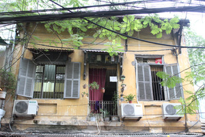 Ha Noi stops renovation and repair of old villas