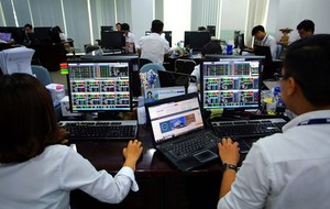 VN stocks increase as retail, banking and brokerage industries up