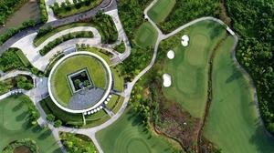 $50-million beach golf course to be built in Da Nang