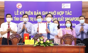 Quang Triinks MoU with Singapore Manufacturing Federation