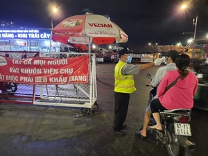HCM City tightens COVID prevention measures at traditional markets after finding 3 cases