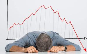 Shares fall as market lacks positive news