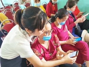 Micro-entrepreneurs learn digital skills to survive amid COVID
