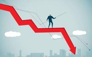 Market extends last week's losses