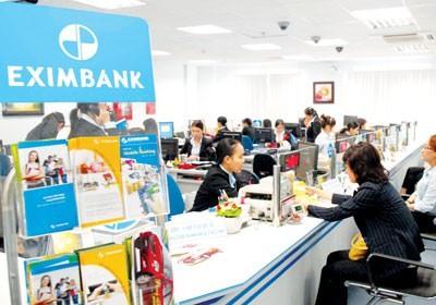 Vietcombank to cut stake in Eximbank
